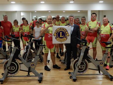 Remise officielle de nos vélos de spinning offerts par le Lions Club