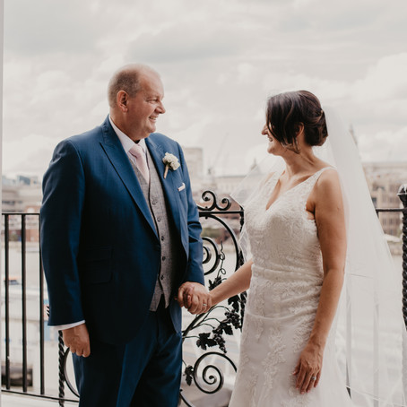 Beautiful Summer Wedding In Central London | Swan At Shakespeare's Globe