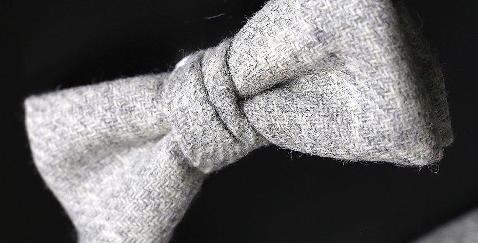 T.O.C Handmade Bow Tie : Moon White