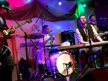 "Local Piano Rocker Dan Masterson Releases New Single ""Don't Burn Yourself Out"" & P"