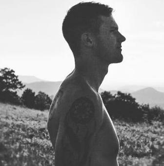 Interview w/ Chicago Bred Singer-Songwriter Noah Jack