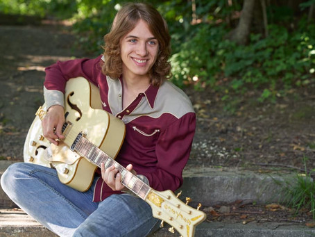Discover The Magic of Millis, MA Based Blues Guitarist Baxter Hall