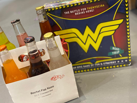Wonder Woman Game & 6-Pack