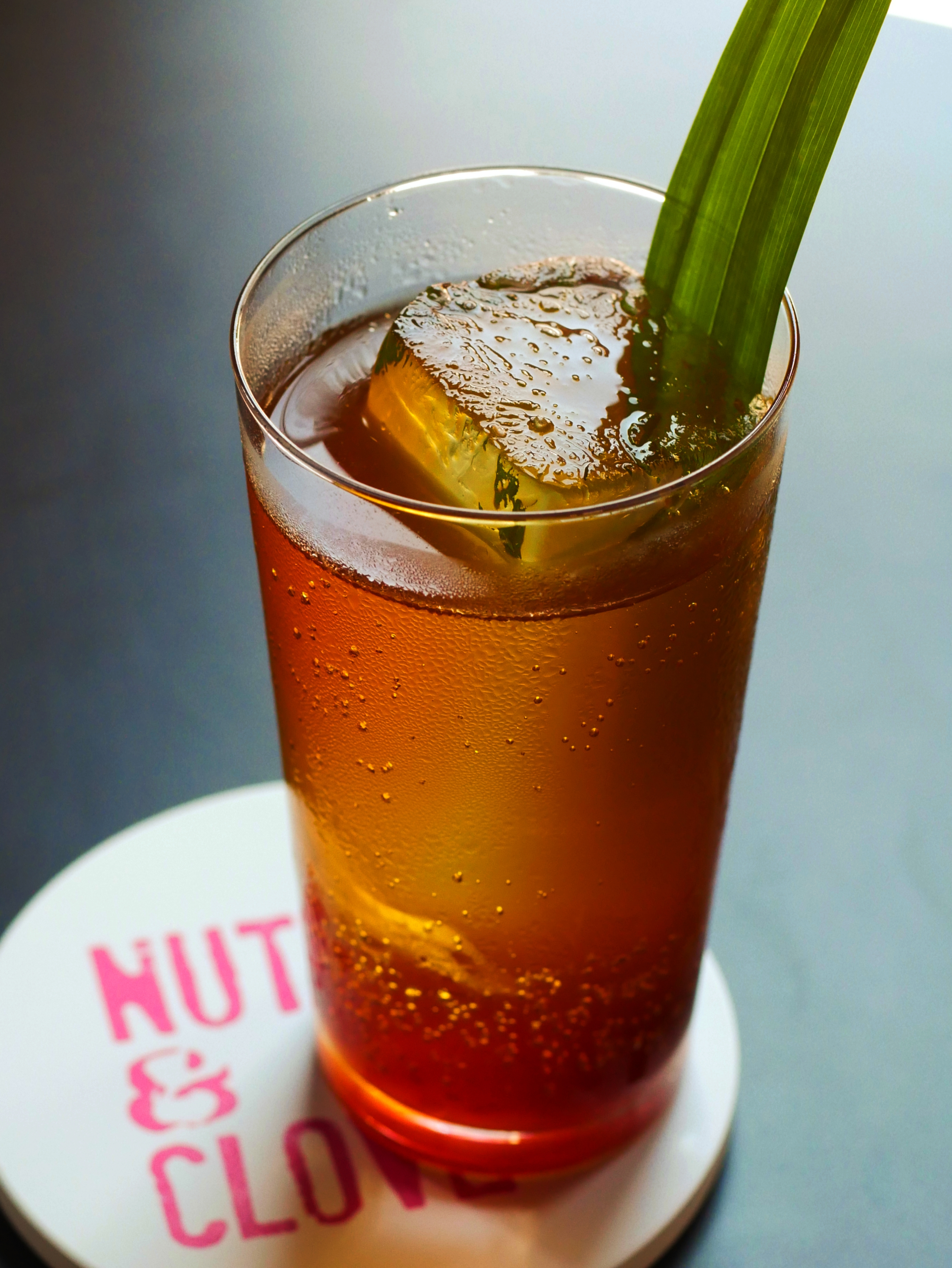 Putu Highball