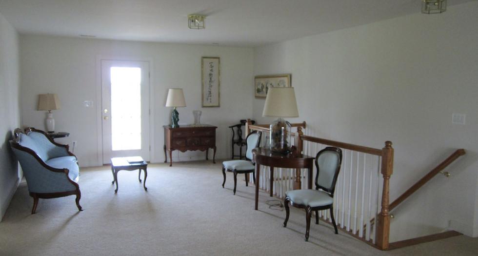upstairs4.jpg