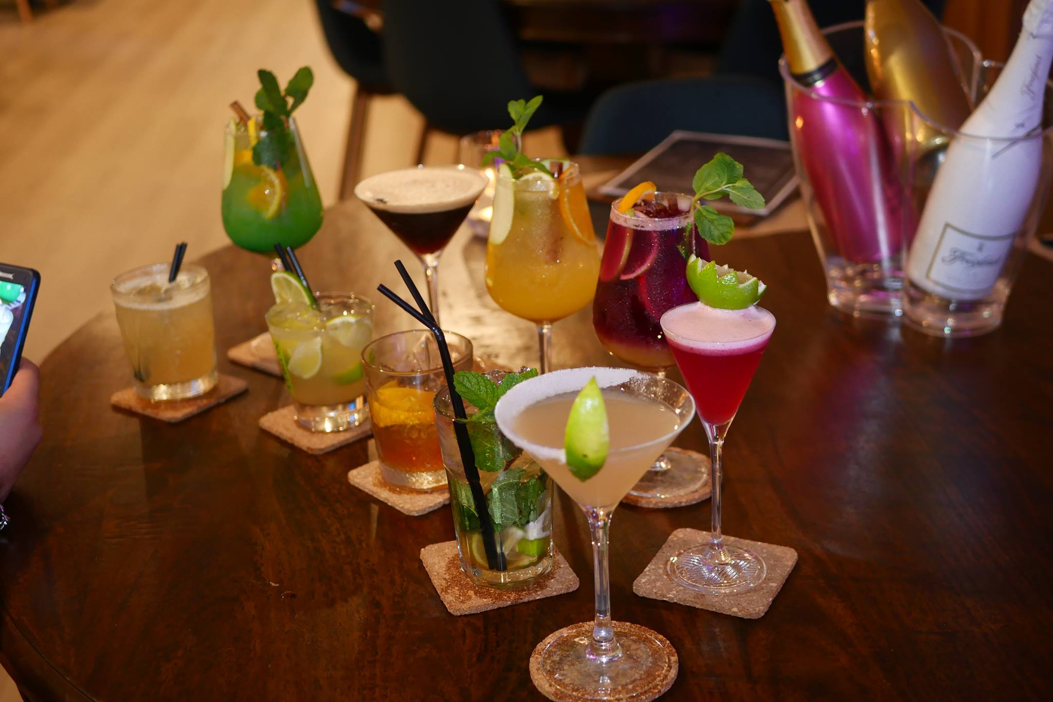 Lux Lounge Bar