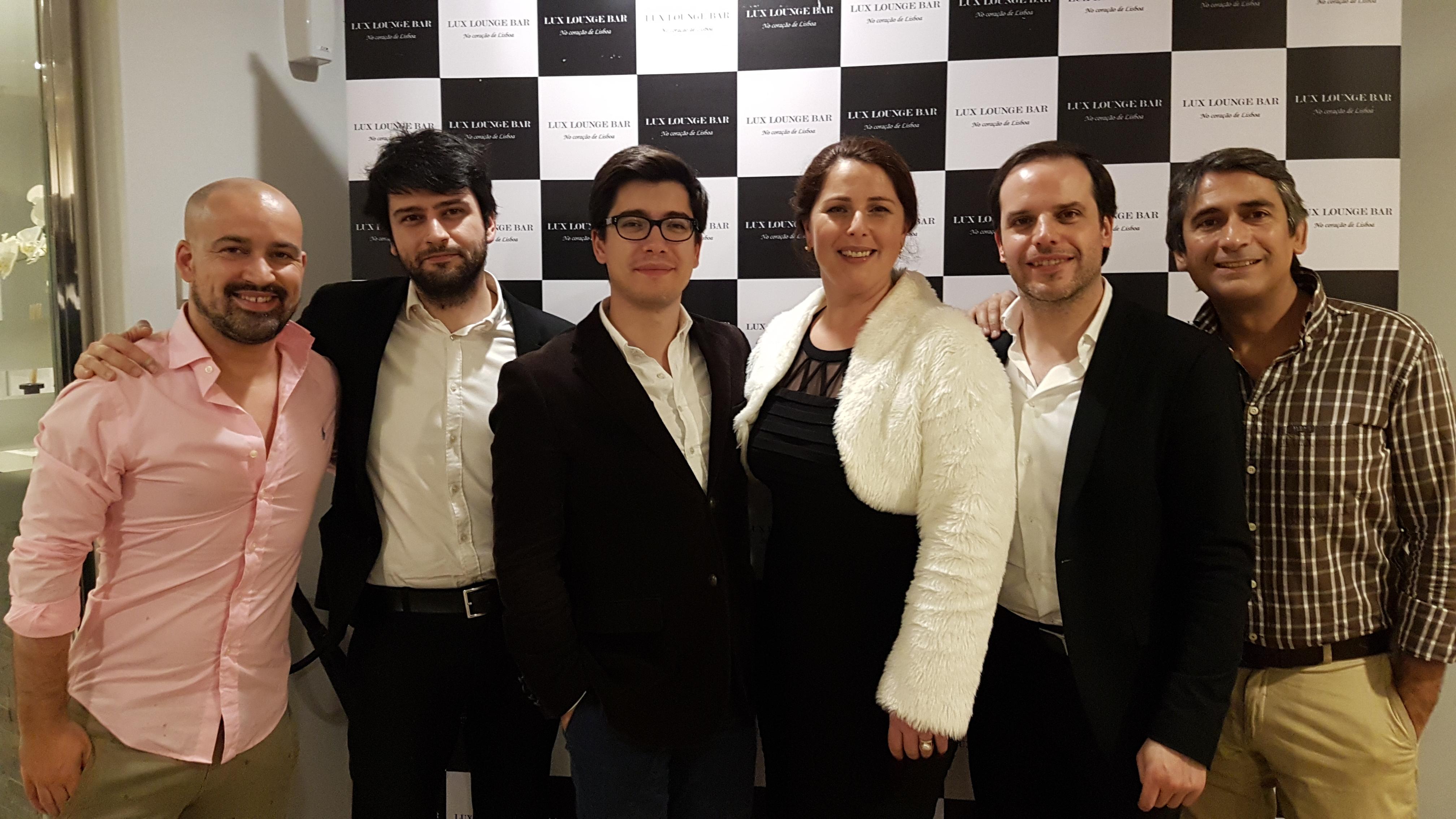 Equipa FadoLux 6 Maio com João Gomes