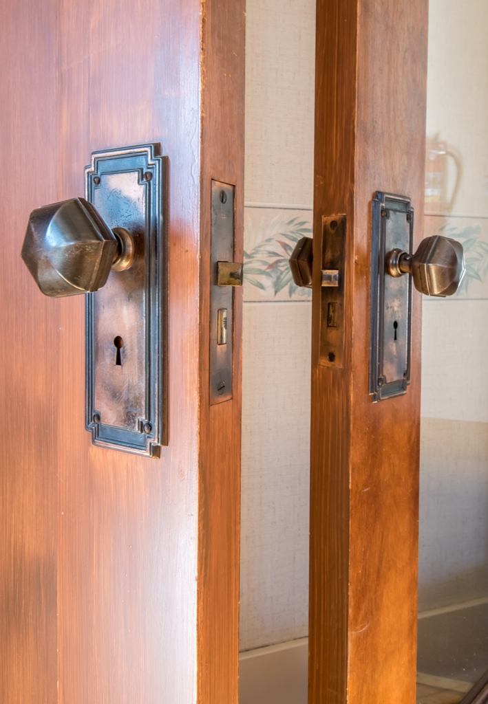 Interior - Door Detail
