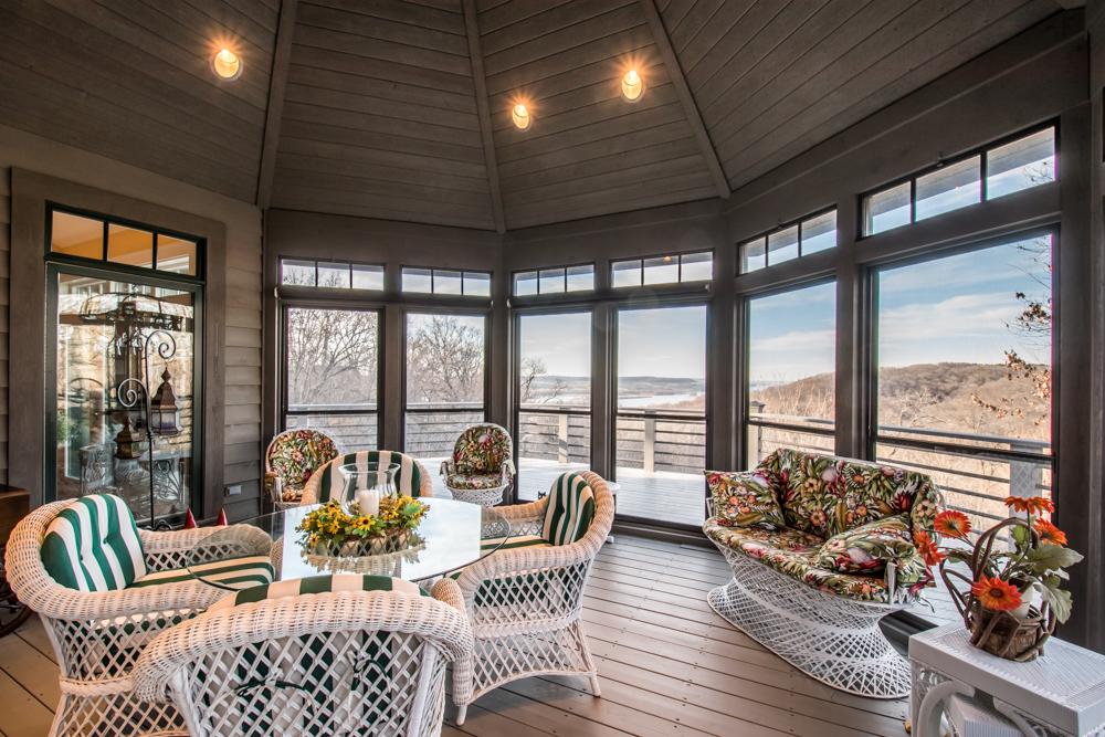Exterior - Enclosed Porch