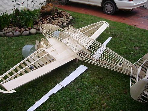 Maqueta del Avion D 18, aeromodelismo, replica exacta, volante Beechcraft