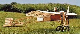 Primer aeroplano en cruzar el canal de la mancha, y la fundacion maquinas voladoras lo reproduce escala real para replicar el vuelo, construccion en bogota colombia ultraliviano avion clasico, legendario e historico