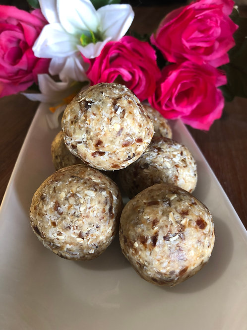 PINEAPPLE COCONUT PROTEIN BALL