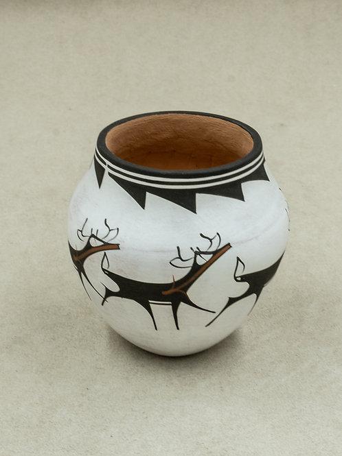 Small White Deer Pot by Anderson Peynetsa