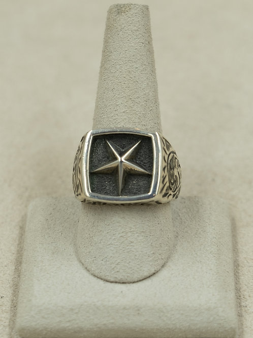 Sterling Silver Engraved Lone Star 11x Ring by John Rippel
