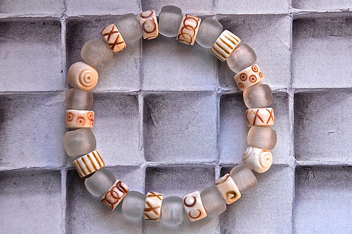 Frosted White Sea Glass Beads Bracelet