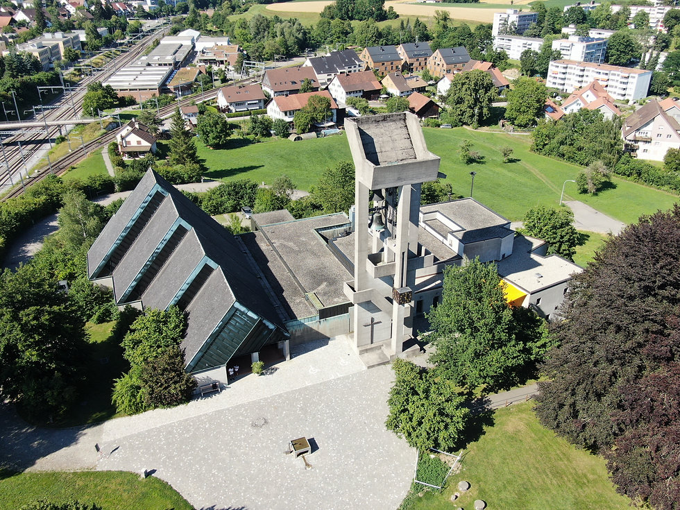 Kirche_Effretikon_Rebbuck (14).jpg