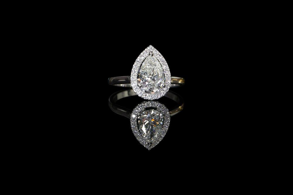 APS PEAR CUT DIAMOND RING