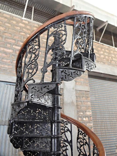 escalier helicoidal fonte