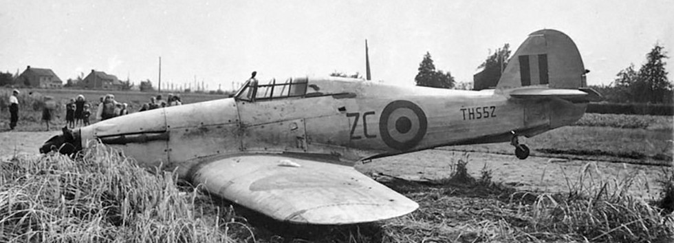 Hawker Hurricane PZ769/THS52 - ZC after a belly landing at Booishoeke near Koksijde on July 2nd, 1947.