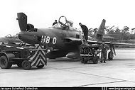 """Republic RF-84F Thunderflash FR-14/H8-O of N° 42 Squadron being prepared for a mission at Spangdalhem airbase (D.) during the """"Royal Flush 1958"""" competition."""