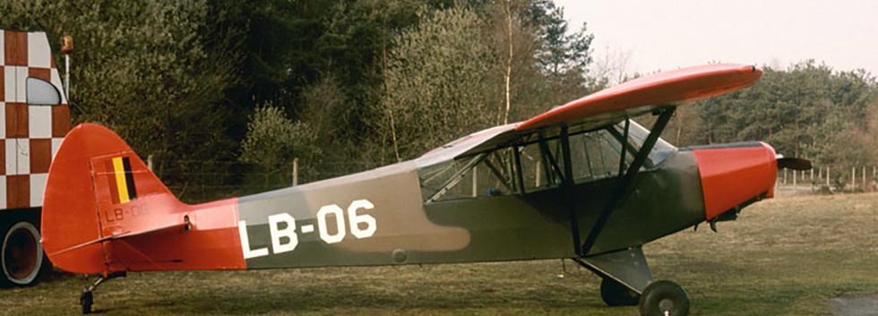 Piper L-21B Super Cub LB-06 (1) still wearing its original camouflage colour scheme.