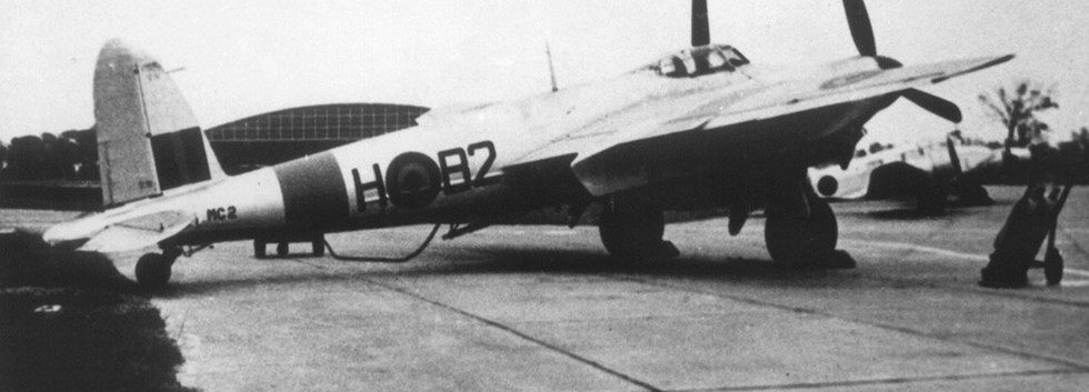 De Havilland DH.98 Mosquito TT.6 MC-2/B2-H at Koksijde airbase.