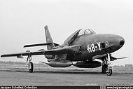 Republic RF-84F Thunderflash FR-24/H8-Y of N° 42 Squadron.