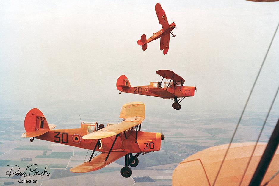 V30-In-flight-formation-break-DBx-Coll-I