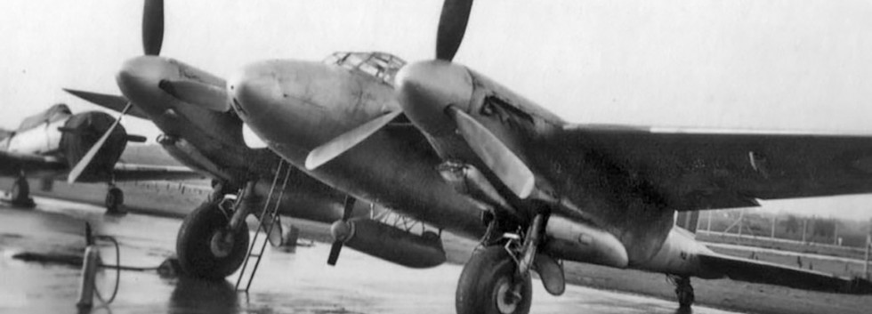 De Havilland DH.98 MosquDe Havilland DH.98 Mosquito T/TT.3 MA-1 target towing aircraft seen at Koksijde airbase in the early fifties.