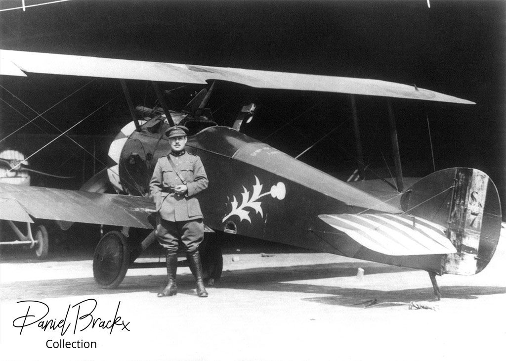 Jan Olieslagers in front of Sopwith F.1 Camel Sk.7