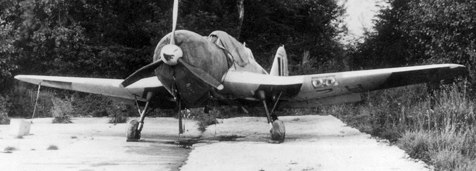 R-02 stored at Koksijde airbase in 1953..