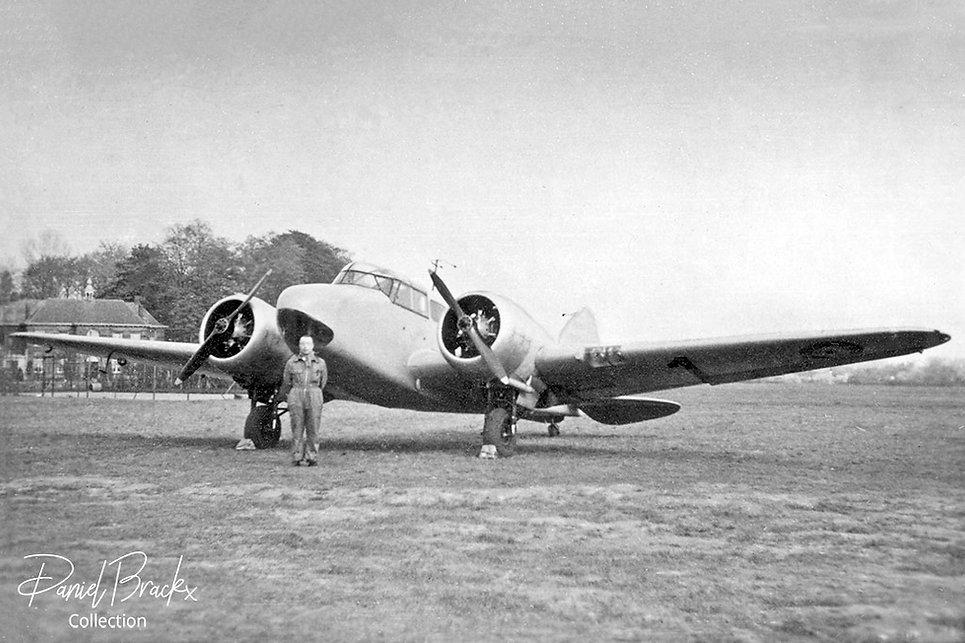 D1-Oxford-pre-war-Deurne-Pilot-Baudar-DB