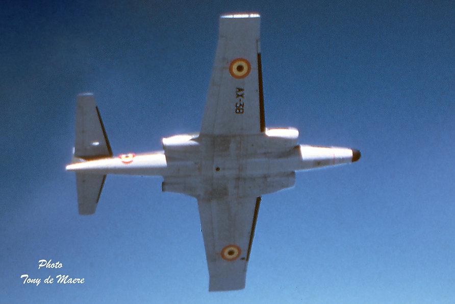 AX38-in-flight-de-Maere-coll-01.jpg