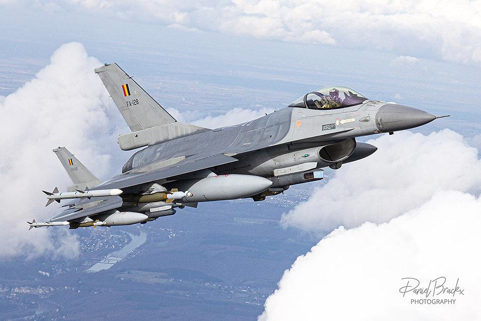 FA128-In-flight-Daniel-Brackx-IMG_7066-b