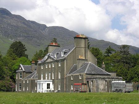 Lochbuie house