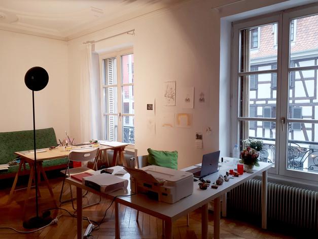 Atelier dans l'appartement international du CEAAC.  Crédit photo : Magali B. Marchand