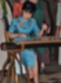 Photo Yalan ZHANG concert de guzheng (cithare chinoise) avec le choeur Au Joly Bois