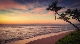 beach-3284446_1920.jpg