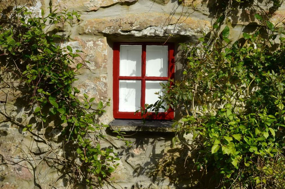 Mountain_Cottage_Exterior_3.jpg