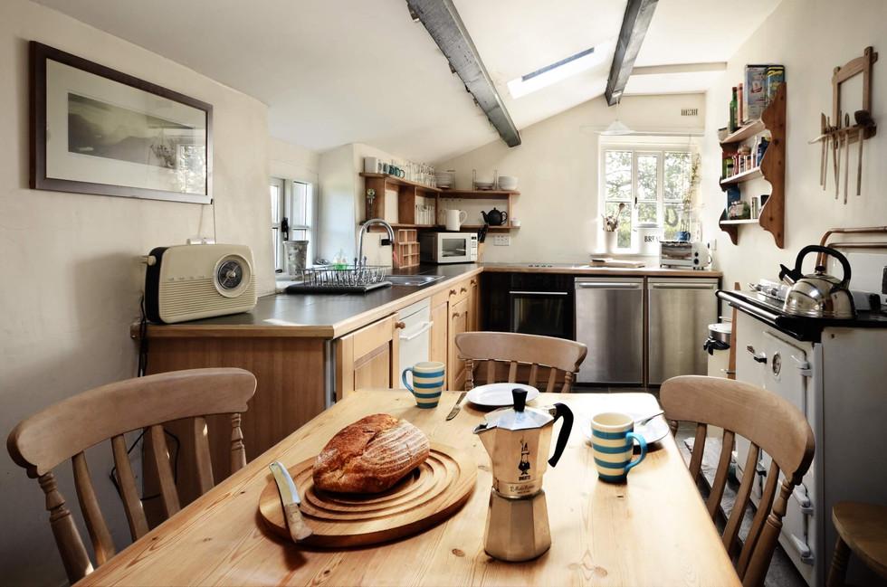 The_Longhouse_Kitchen_1.jpg