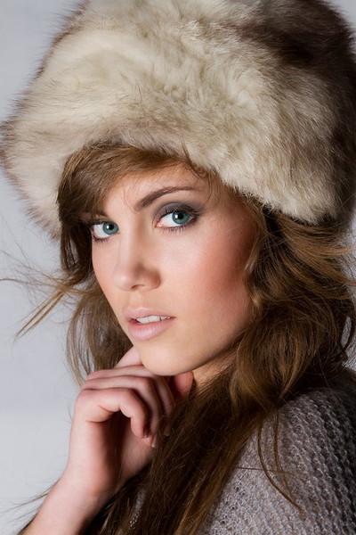 photo: Leszek Stępień  model: Alina Kołodziejczyk  make up & hair: Sonia Zieleniewska