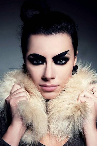 photo: Marcin Urban  model: Aggie Wicher  make up & hair: Sonia Zieleniewska