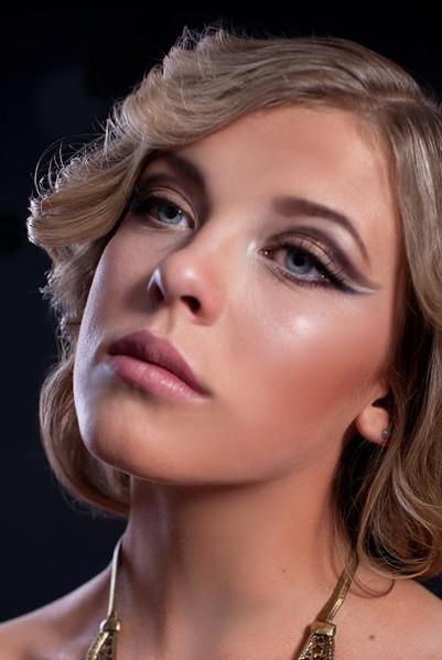 photo: Konrad Lewikowski  model: Paulina Basta  hair: Radosław Galiński  make up: Sonia Zieleniewska