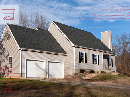 How Does Garage Door Insulation Work in St. Louis, Missouri?