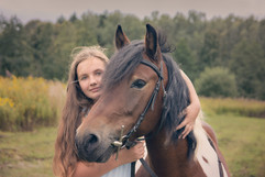 A-girl-and-her-horse.jpg