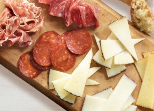 Assiette de fromage et charcuterie (800 g)