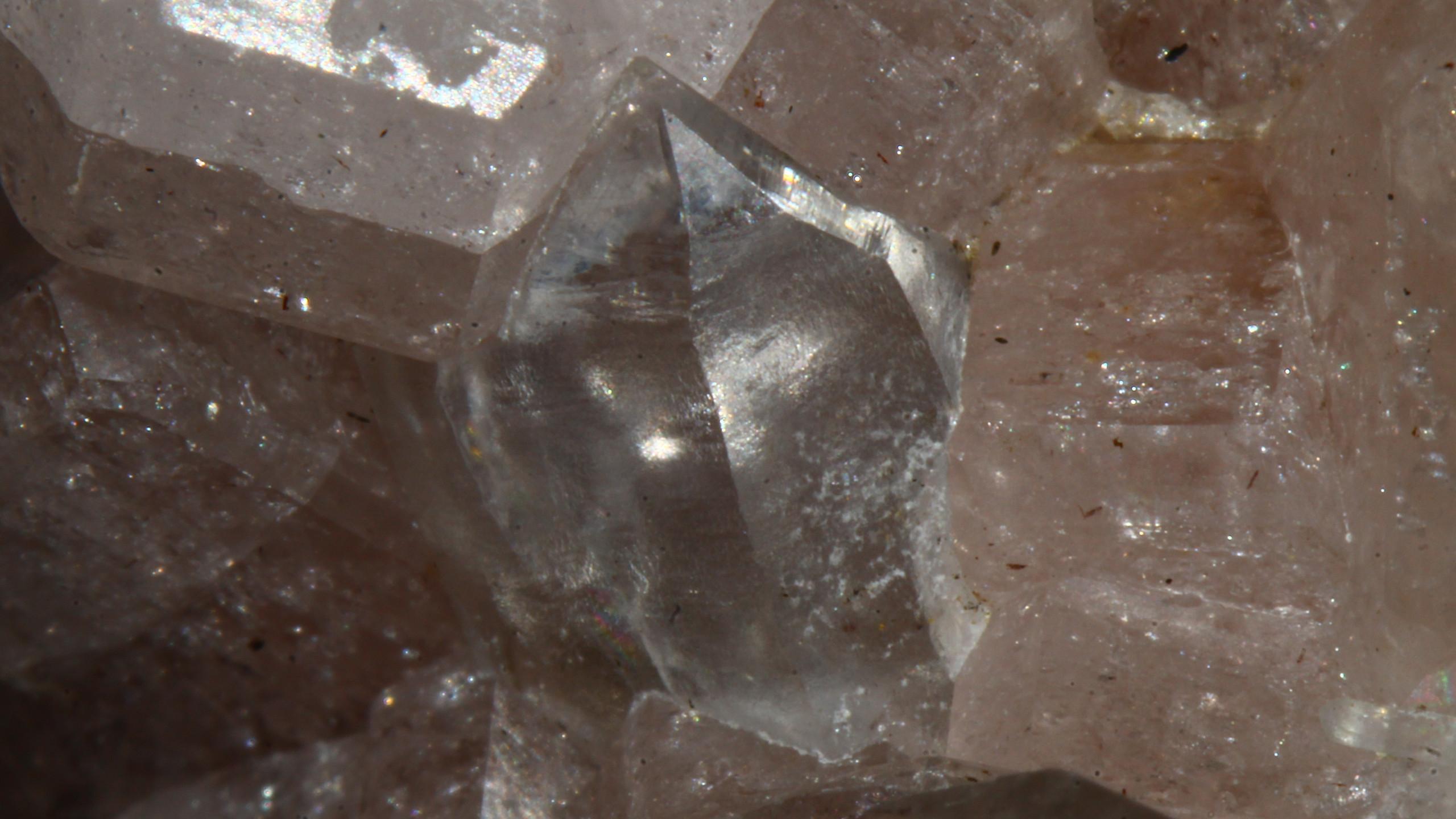 Close-up of Quartz Crystal - WL