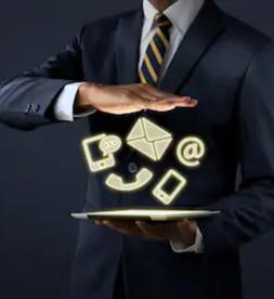 Fluidifier et prioriser les contacts entrants via l'orchestration omnicanale des parcours clients :
