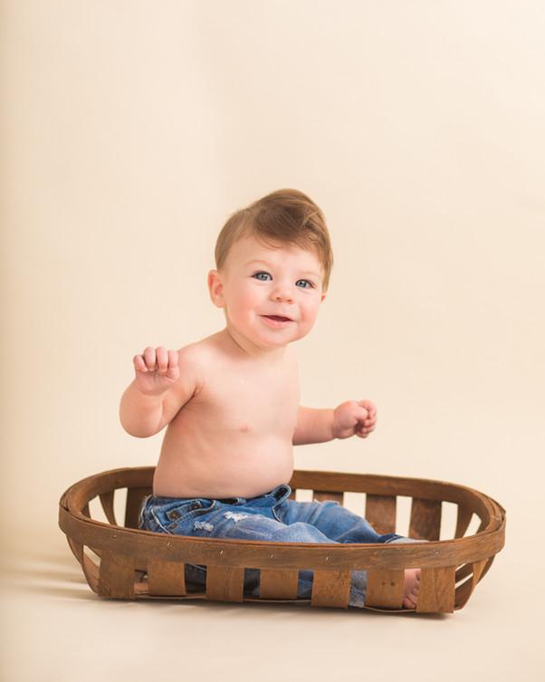Carter 7 Months 156.JPG