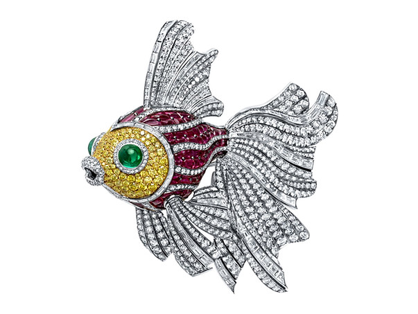 Swimming Fish Pin
